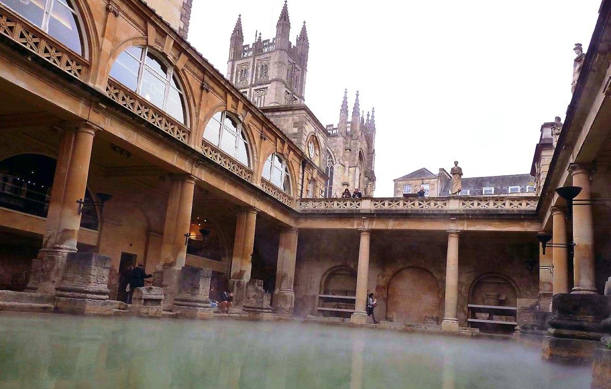 Sprachkurse in Bath: Altstadt, Tempel, Theater, Museen &Paläste